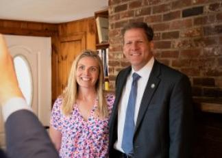 Governor Sununu and  Moira Bashaw at Alternative Sales Corporation in Kingston